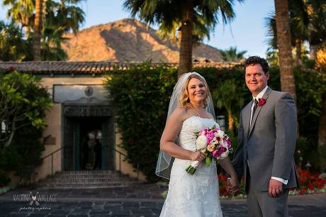 Scottsdale Wedding Photographers at the Royal Palms Resort and Spa