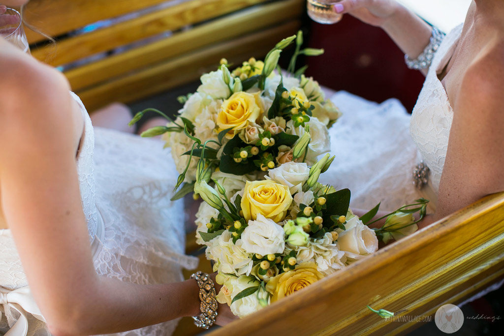 Detail shot of the bridesmaids' bouquets