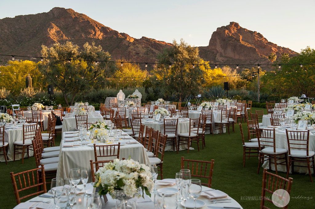 El Chorro dinner reception details in the shadow of Camelback Mountain
